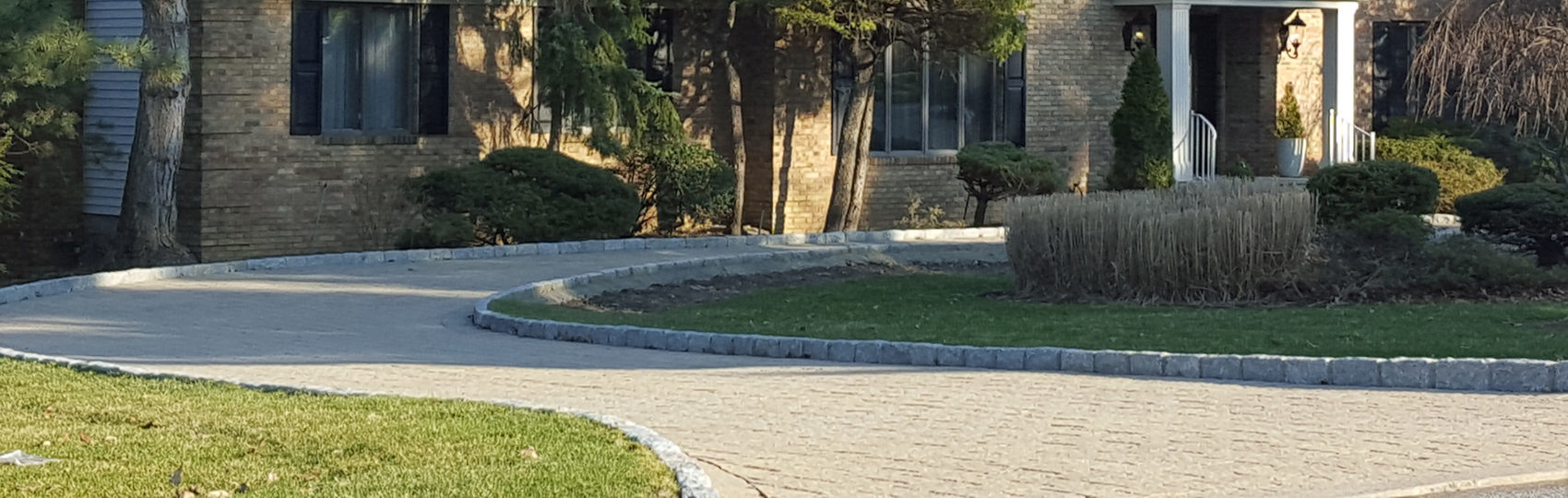 Hardscaping - paver driveway in Bergen County NJ