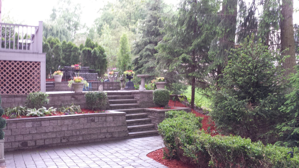 retaiing wall, stairs & landscaping Bergen County NJ