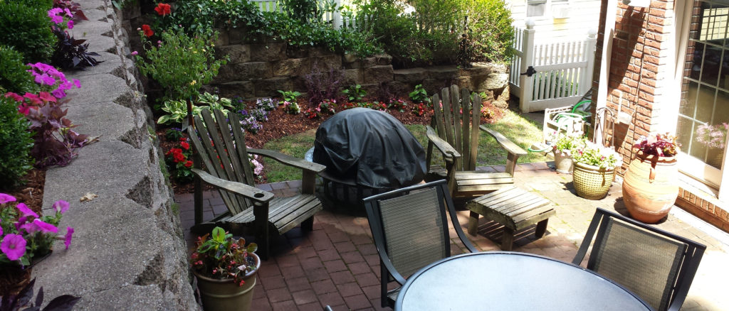 backyard patio & retaining wall in Bergen County NJ